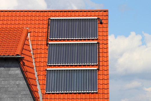 Solarthermie © Horst Schmidt, fotolia.com